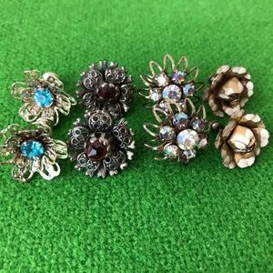 Jewelry - 4 VINTAGE SCREW BACK RHINESTONE FLOWER EARRINGS